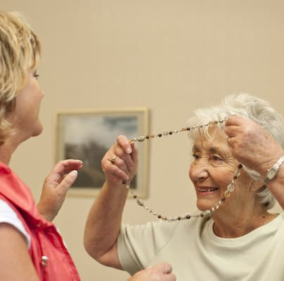 Alzheimers care worker live in