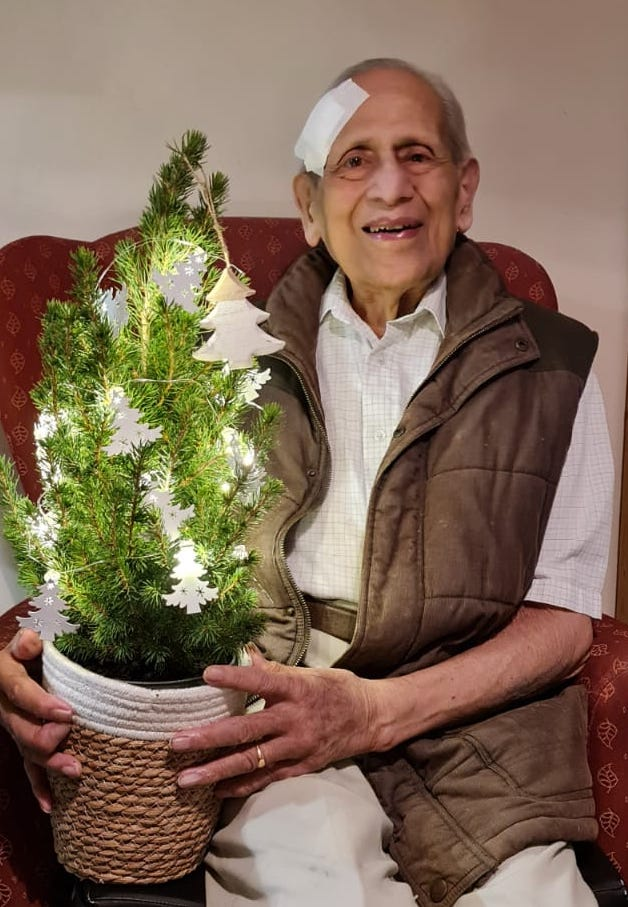 Hem and his Christmas tree at Waterloo Care Home in Wimborne